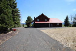 Photo of 572 Cabarton Rd, Cascade, ID 83611 (MLS # 98756763)