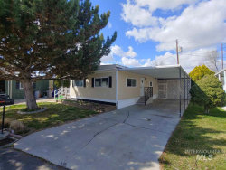 Photo of 132 Young, Eagle, ID 83616 (MLS # 98762047)