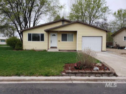 Photo of 14 S Villa, Middleton, ID 83644 (MLS # 98762371)