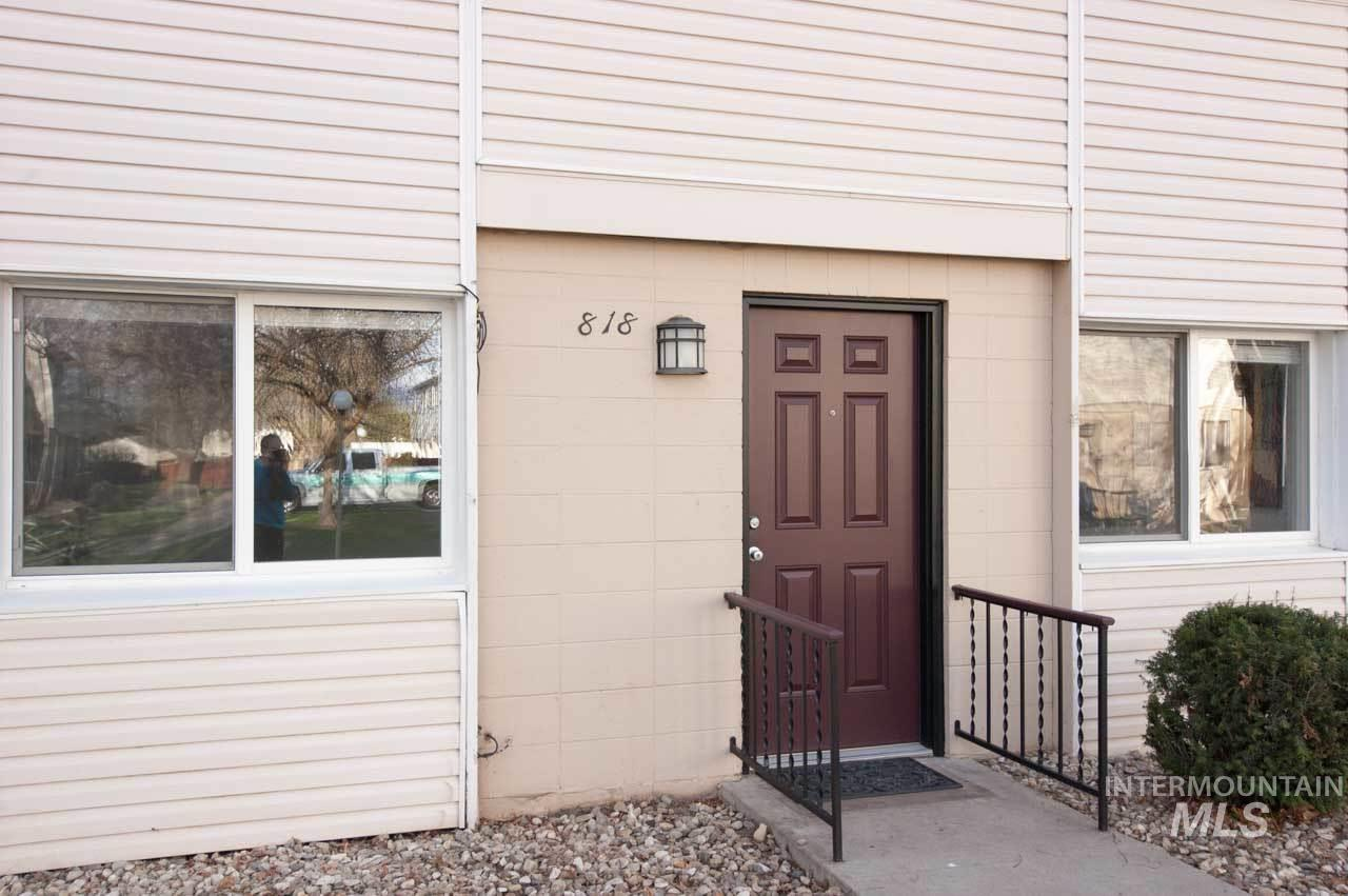 Photo for 818 S Curtis, Boise, ID 83705 (MLS # 98762928)