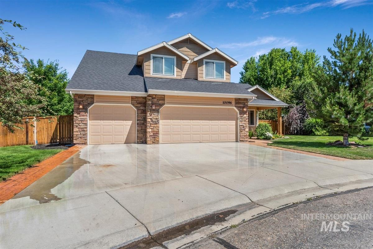 Photo for 10096 W Aguila Ct, Star, ID 83669 (MLS # 98771959)