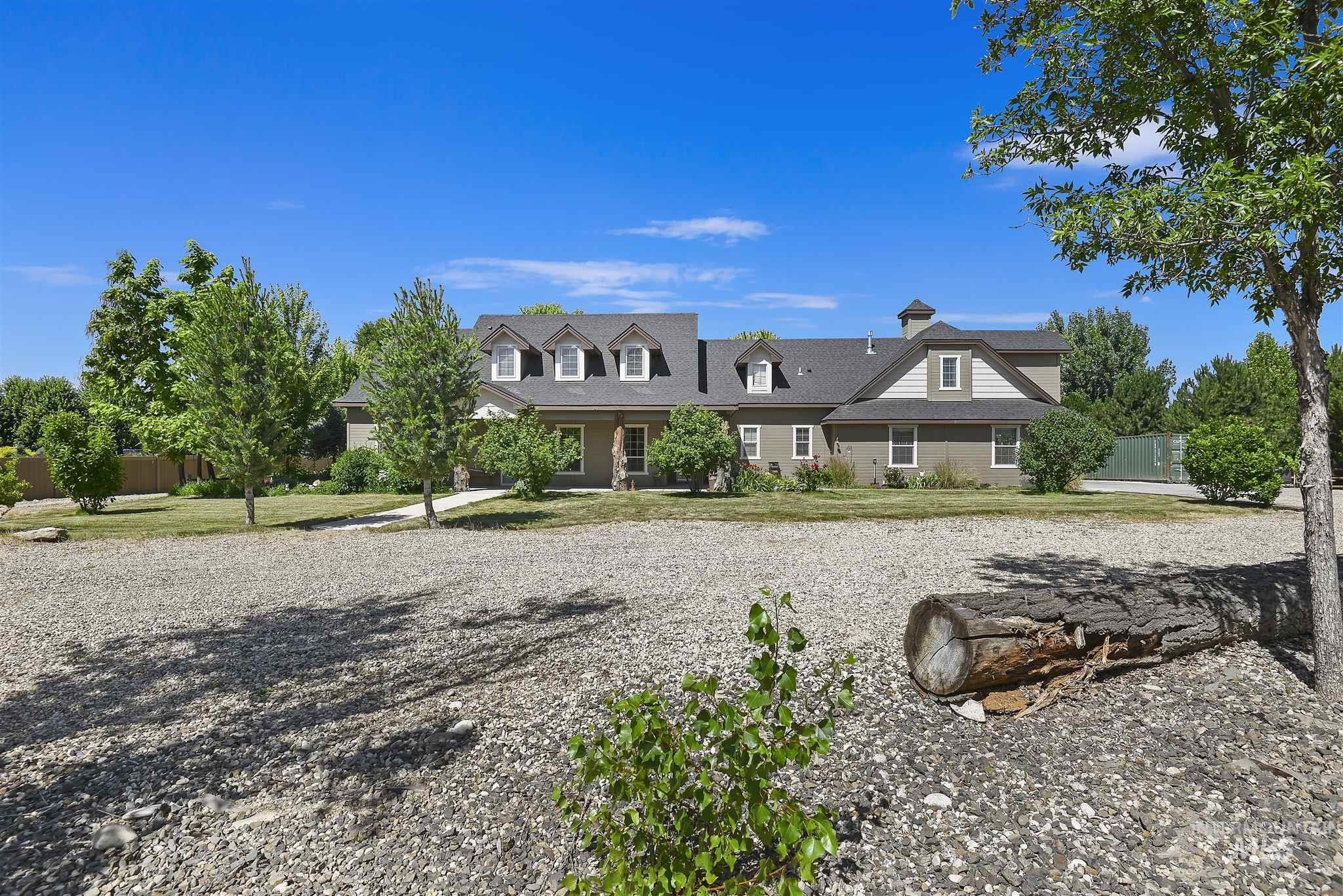 Photo for 25895 Weeping Willow Street, Middleton, ID 83644 (MLS # 98773681)