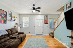 Tiny photo for 354 N Baldy Place, Star, ID 83669 (MLS # 98780737)