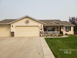 Photo of 1836 W Ridge Point Ave, Nampa, ID 83651 (MLS # 98781202)