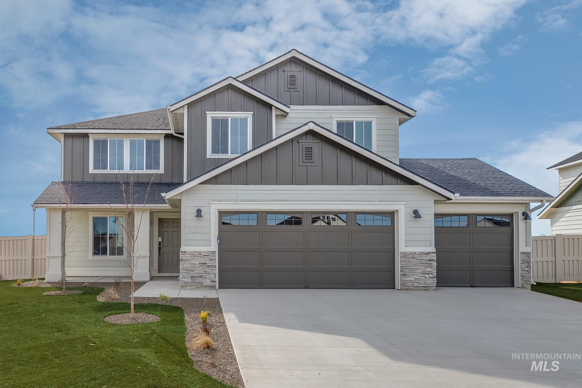 Photo for 949 N Bowknot Lake Ave, Star, ID 83669 (MLS # 98781459)