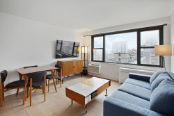 Photo of 175 West 95th Street, Floor 18, Unit 18J, New York, NY 10025 (MLS # 10947598)