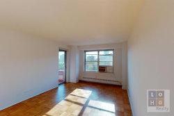 Photo of 570 Grand Street, Floor 100, Unit H1006, New York, NY 10002 (MLS # 10962829)