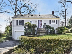 Photo of 1 Cottage Circle, Larchmont, NY 10538 (MLS # 4708446)