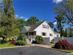 Photo of 4 Pipers Glen, West Nyack, NY 10994 (MLS # 4721827)