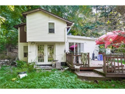 Photo of 8 Park Avenue, Airmont, NY 10952 (MLS # 4739501)