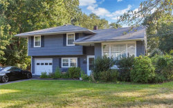 Photo of 12 Fawn Hill Drive, Airmont, NY 10952 (MLS # 4739671)