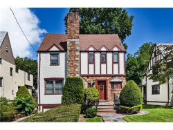 Photo of 11 Huntwood Place, Mount Vernon, NY 10552 (MLS # 4740208)