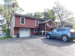 Photo of 15 Willis Avenue, Cornwall On Hudson, NY 12520 (MLS # 4745588)