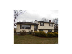 Photo of 10 New Castle Drive, Washingtonville, NY 10992 (MLS # 4752414)