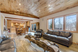 Photo of 6 Sassinoro Drive, Putnam Valley, NY 10579 (MLS # 4806481)