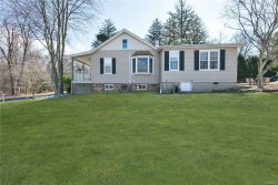 Photo of 10 Carlann Lane, Valley Cottage, NY 10989 (MLS # 4808359)