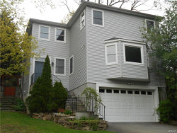 Photo of 4 Manor Place, White Plains, NY 10605 (MLS # 4809855)