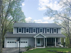 Photo of 10 Bridle Path Court, Putnam Valley, NY 10579 (MLS # 4821028)