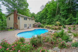 Photo of 8 Brigadoon Drive, Suffern, NY 10901 (MLS # 4825835)