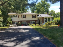 Photo of 33 Fawn Hill Drive, Airmont, NY 10952 (MLS # 4829109)