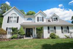 Photo of 40 South Airmont Avenue, Airmont, NY 10901 (MLS # 4831353)
