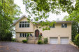 Photo of 8 Shoreview Circle, Pelham, NY 10803 (MLS # 4832222)
