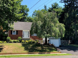 Photo of 128 Cleveland Drive, Croton-on-Hudson, NY 10520 (MLS # 4832279)