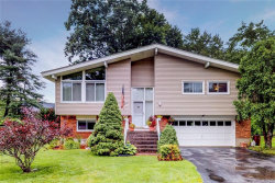 Photo of 6 Orbaek Lane, Pleasantville, NY 10570 (MLS # 4833058)