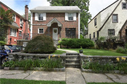 Photo of 35 Central Parkway, Mount Vernon, NY 10552 (MLS # 4834664)