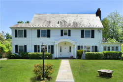 Photo of 28 Shawnee Road, Scarsdale, NY 10583 (MLS # 4842252)
