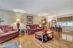 Photo of 4 Lincoln Court, Highland Mills, NY 10930 (MLS # 4844128)