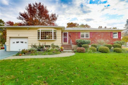 Photo of 10 Lawrence Place, Chestnut Ridge, NY 10977 (MLS # 4850684)