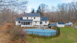 Photo of 124 Brook Farm Road East, Pound Ridge, NY 10576 (MLS # 4900433)