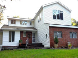 Photo of 4 Beverly Court, Hopewell Junction, NY 12533 (MLS # 4900639)