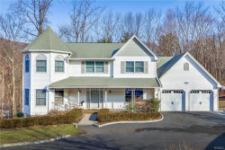 Photo of 3 Prosperity Drive, Suffern, NY 10901 (MLS # 4906181)