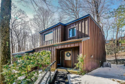 Photo of 6 Aspen Court, Highland Mills, NY 10930 (MLS # 4908587)