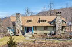 Photo of 27 Maple Road, Cornwall On Hudson, NY 12520 (MLS # 4909157)
