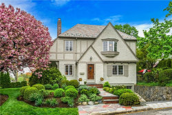 Photo of 90 Willow Avenue, Larchmont, NY 10538 (MLS # 4914665)
