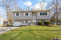 Photo of 147 Lake Region Boulevard, Monroe, NY 10950 (MLS # 4917916)