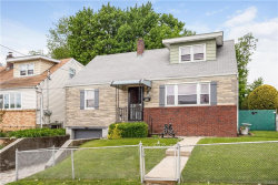 Photo of 107 Fortfield Avenue, Yonkers, NY 10701 (MLS # 4920668)