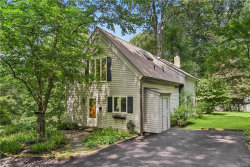 Photo of 14 Truesdale Woods, South Salem, NY 10590 (MLS # 4923308)