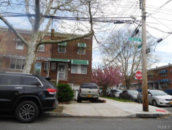 Photo of 1802 Schieffelin Avenue, Bronx, NY 10466 (MLS # 4927227)
