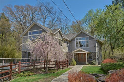 Photo of 100 College Hill Road, Montrose, NY 10548 (MLS # 4938467)