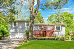 Photo of 42 Meadow Lane, Chappaqua, NY 10514 (MLS # 4938687)