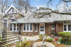 Photo of 1453 Midland Avenue, Bronxville, NY 10708 (MLS # 4940370)