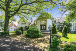 Photo of 2 High Point Terrace, Scarsdale, NY 10583 (MLS # 4944312)