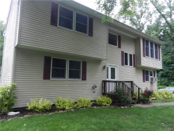 Photo of 19 Canterbury Lane, New Windsor, NY 12553 (MLS # 4957921)