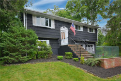 Photo of 42 Lakeview Avenue West, Cortlandt Manor, NY 10567 (MLS # 4958676)