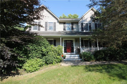 Photo of 10 Canterberry Court, Hopewell Junction, NY 12533 (MLS # 4967975)