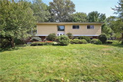 Photo of 6 Wolf Place, Nanuet, NY 10954 (MLS # 5032962)